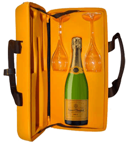 veuve clicquot yellow label brut with traveller case and