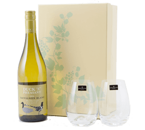 New Zealand Sauvignon Blanc and Dartington Crystal Glasses Gift Set