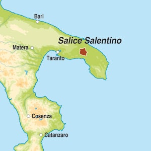 Map showing Salice Salentino DOC